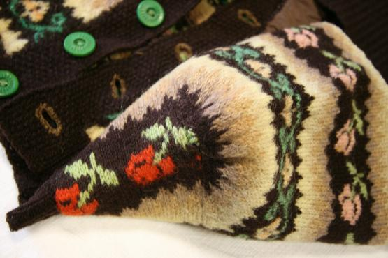 Every Rose Has Its Thorn – a peep inside The Vintage Shetland Project No 2